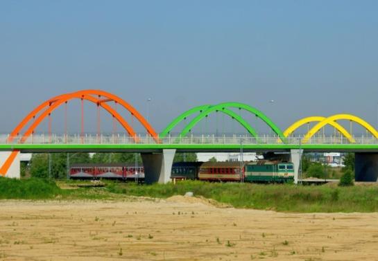 Objazd linii E20 – będzie dłuższy czas przejazdu i mniej pociągów