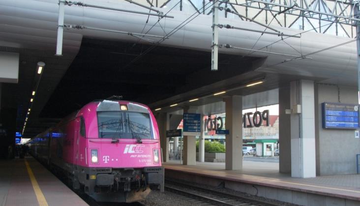 Modernizacja linii Warszawa – Poznań. Pociągi podrożeją, bo trasa się wydłuży [aktualizacja]