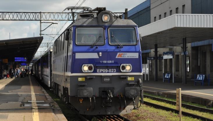 PKP Intercity zmienia zdanie. Z Warszawy do Poznania będzie taniej