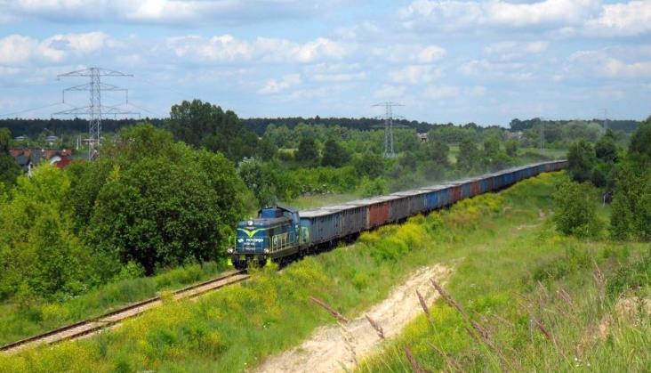 Mazowsze: Samorządy chcą pociągów pasażerskich na linii do Siekierek