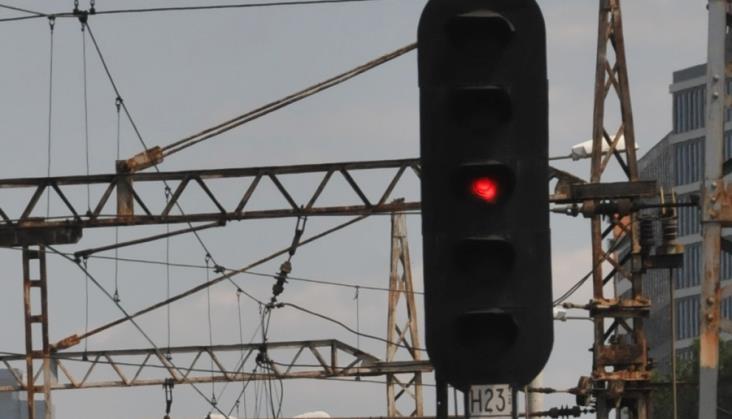 PKP Energetyka sprzeda sieć trakcyjną na bocznicach? Ministerstwo niewiele może
