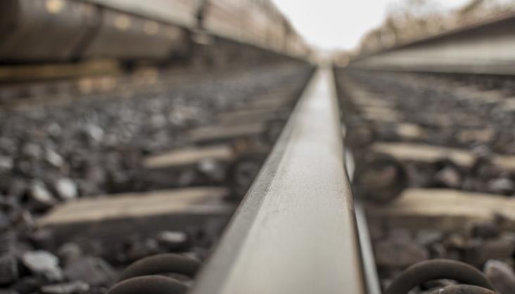 Niewybuch przy torach wstrzymał ruch pociągów na szlaku Modlin – Nasielsk