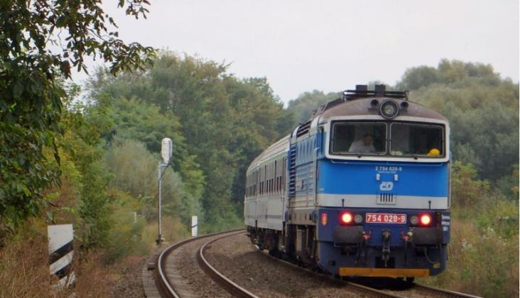 PKP Intercity: Jedna oferta na dzierżawę lokomotyw, jedna na modernizację SM42