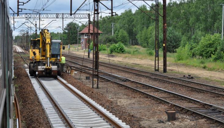Władze PKP i PFR: Świetlana przyszłość kolei