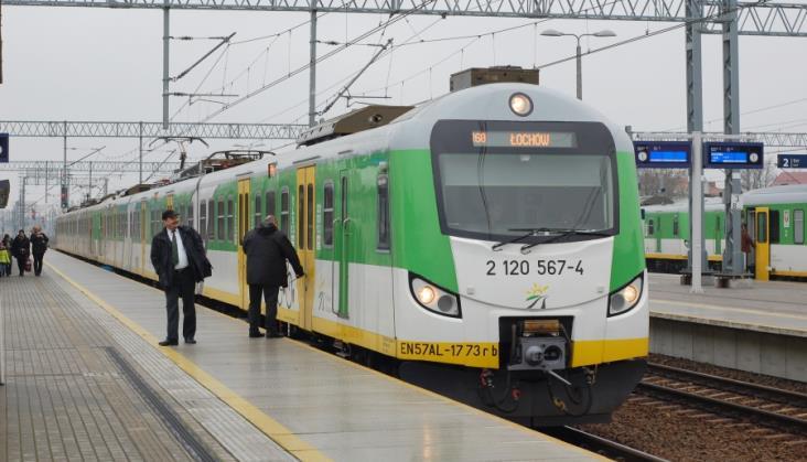 Spór o pociągi na remontowanej Rail Baltice. Więcej składów PKP IC, mniej KM