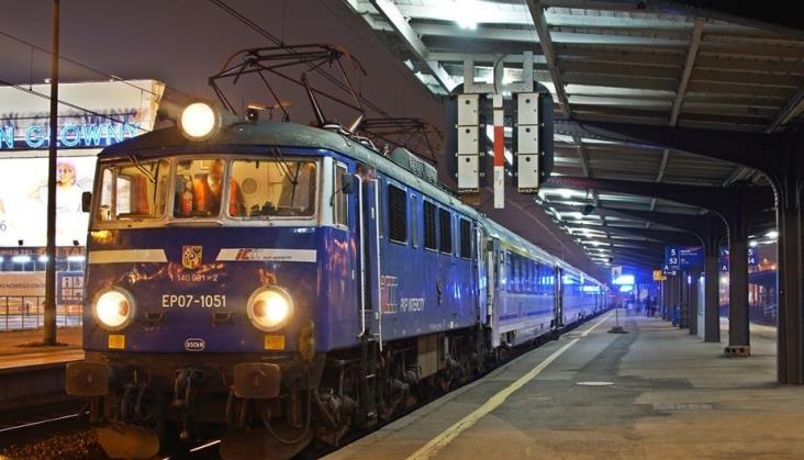 Szczecin: PKP IC rozważy przywrócenie ekspresów do Warszawy po modernizacjach