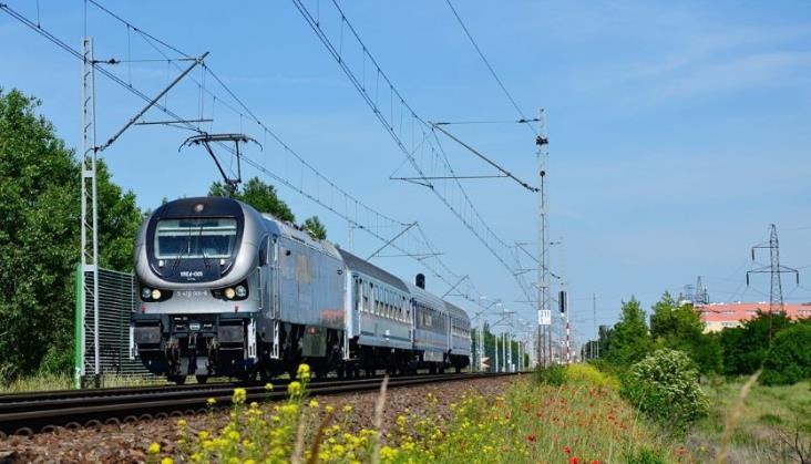 Dlaczego nikt nie chciał pożyczyć lokomotyw PKP Intercity?