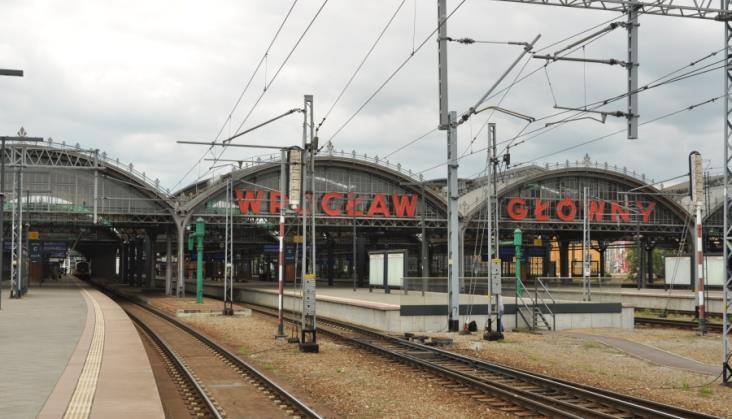 Co z KDP? Brak szybkiego połączenia Warszawa – Wrocław coraz bardziej dotkliwy