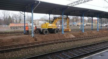 W Kołobrzegu podwyższają perony i przebudowują tunel
