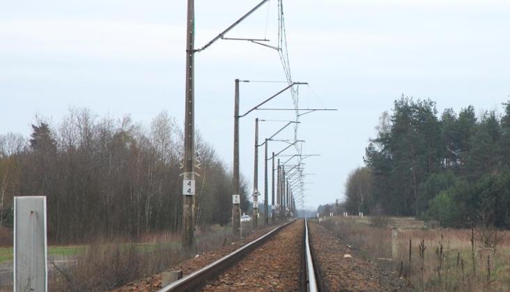 Wydłuża się projektowanie modernizacji linii do Radomia. Będzie opóźnienie inwestycji?