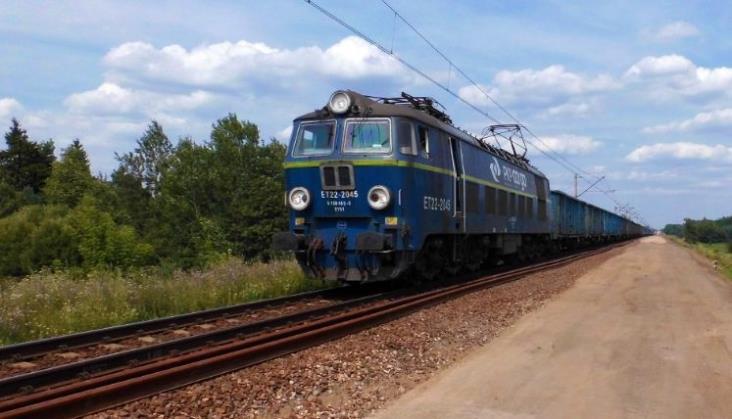 PLK chce oddzielnie kupić materiały na modernizację Rail Baltiki. Na razie się nie udało