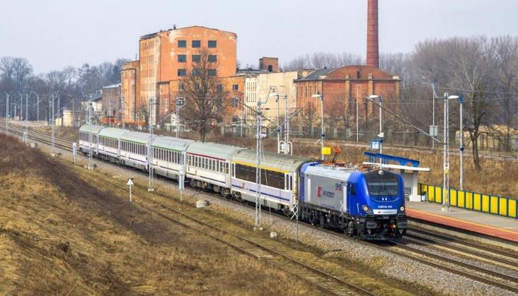 Griffiny prowadzą pociągi w PKP Intercity [filmy]