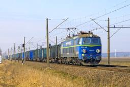 PKP Cargo na plusie za 2017 rok, ale akcje runęły