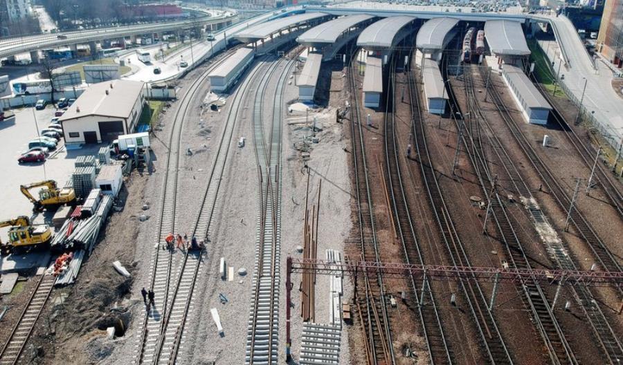 Już po nowych torach. Kolejny etap prac w rejonie stacji Kraków Główny