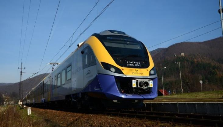 Małopolska: Dodatkowe połączenia kolejowe na odcinku Nowy Sącz – Stary Sącz – Rytro
