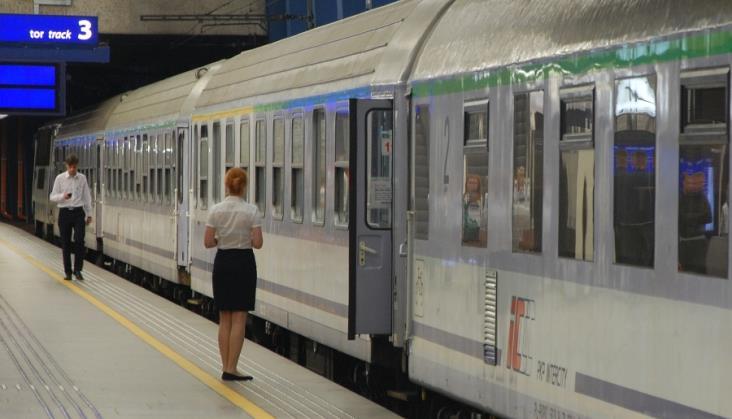 Związki zawodowe w PKP Intercity chcą podwyżek