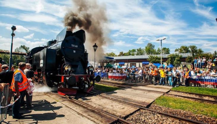 Parowozownia w Wolsztynie zawiesza kursy rozkładowe. Więcej przewozów turystycznych [aktualizacja]