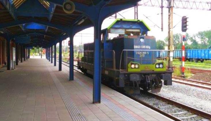 Podróżni korzystają już z nowych peronów na stacji Kłodzko Główne