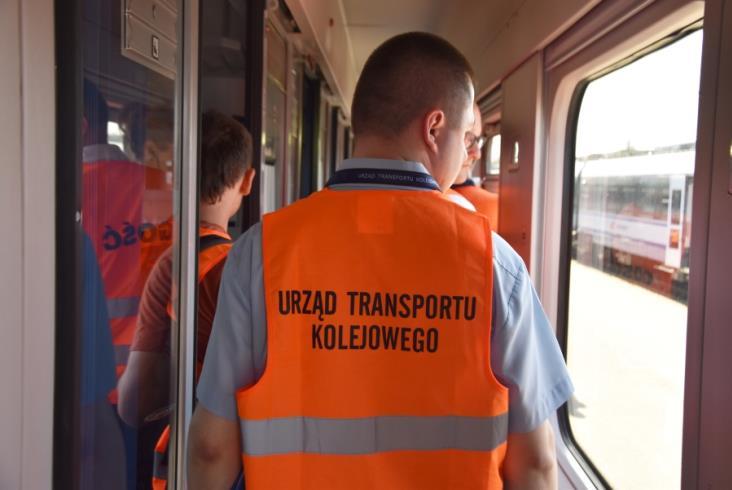 UTK pokazał dziennikarzom jak przebiega kontrola pociągów przed odjazdem [zdjęcia]