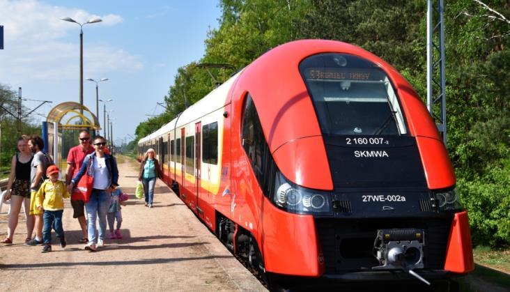 Kolej w lipcu 2018 przewiozła więcej pasażerów niż w lipcu 2017