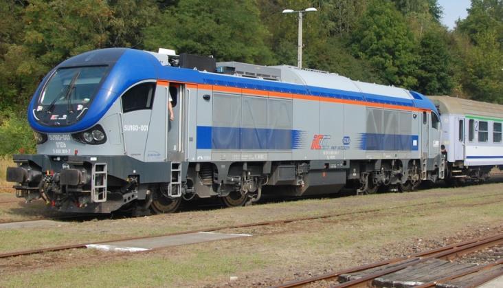 W PKP Intercity jeździ tylko 5 z 10 spalinowych SU160 Gama