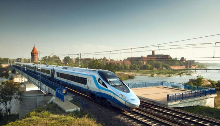 Miliard złotych dotacji dla PKP Intercity?
