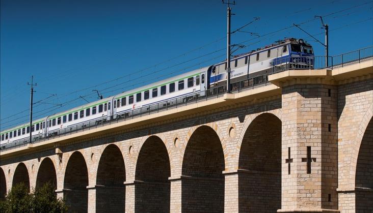 Fitch potwierdza długoterminowy rating PKP Intercity na poziomie BBB+