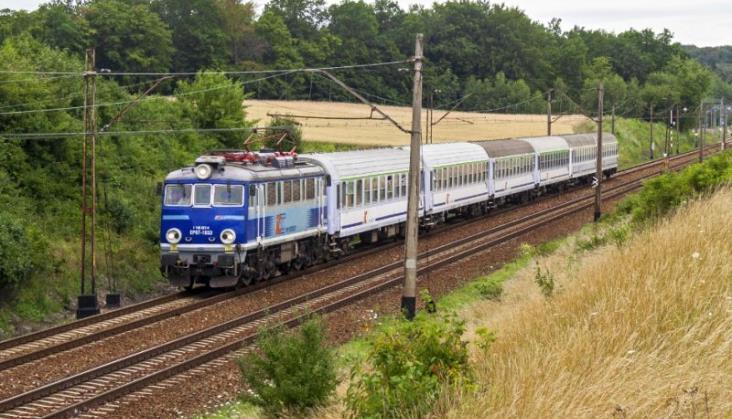 Świętokrzyskie przeciwne wstrzymaniu modernizacji linii nr 8