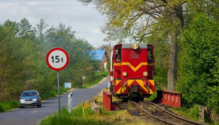 """Kolej potrzebuje dodatkowych miliardów. Znajdą się mimo """"piątki Kaczyńskiego""""?"""