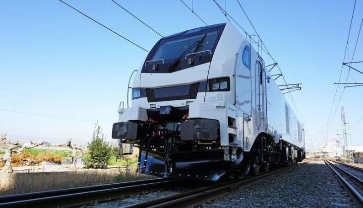 Stadler dostarczy kolejne lokomotywy do ELP. Będą wielosystemowe