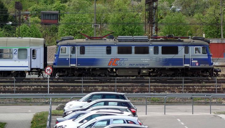 Poseł Konwiński pyta, czy modernizację linii 202 w ogóle uda się przeprowadzić