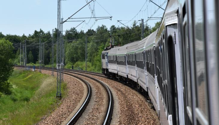 Fatalne warunki podróży na trasie Warszawa – Łódź [Dodatkowe informacje PKP Intercity]