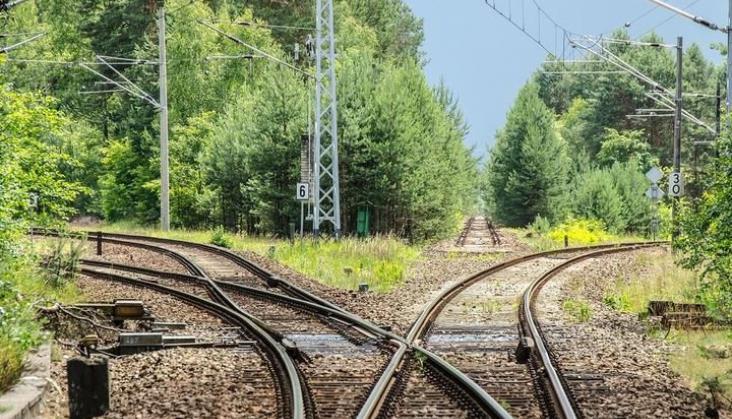 Dlaczego MI prowadzi trzy nowelizacje ustawy o transporcie kolejowym jednocześnie?