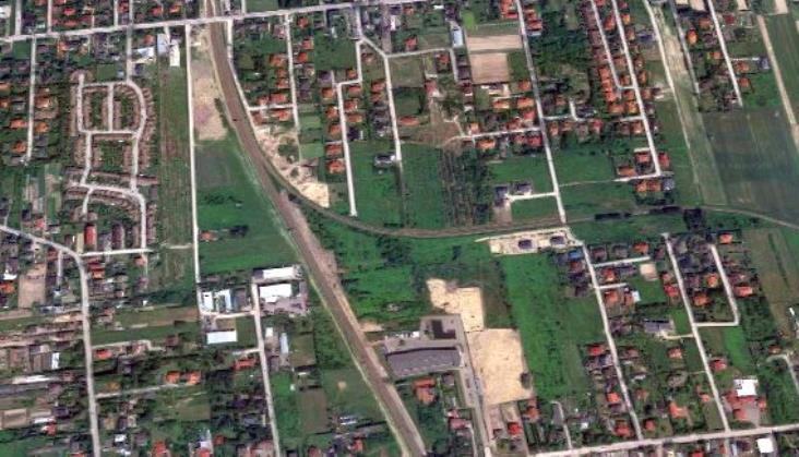 Kto opracuje studium dodatkowych torów do Piaseczna i elektryfikacji linii do Konstancina? [oferty]