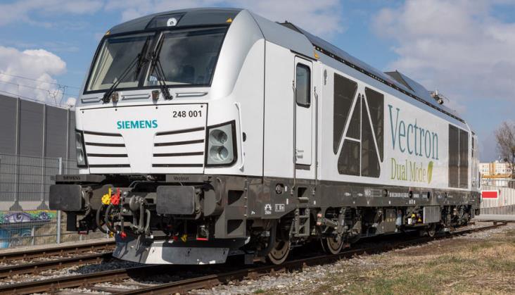 Pierwsze zamówienie na hybrydowe lokomotywy Siemens Vectron Dual Mode