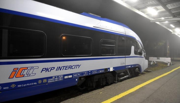 Wagony zamiast ezt i odwołane pociągi PKP Intercity na Dolnym Śląsku