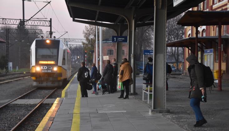 14 mln pasażerów w pociągach Kolei Dolnośląskich. Nowych pojazdów brak