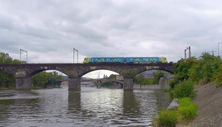 Otwarty dostęp dla Arrivy i PKP Intercity. Prawie 175 komercyjnych pociągów