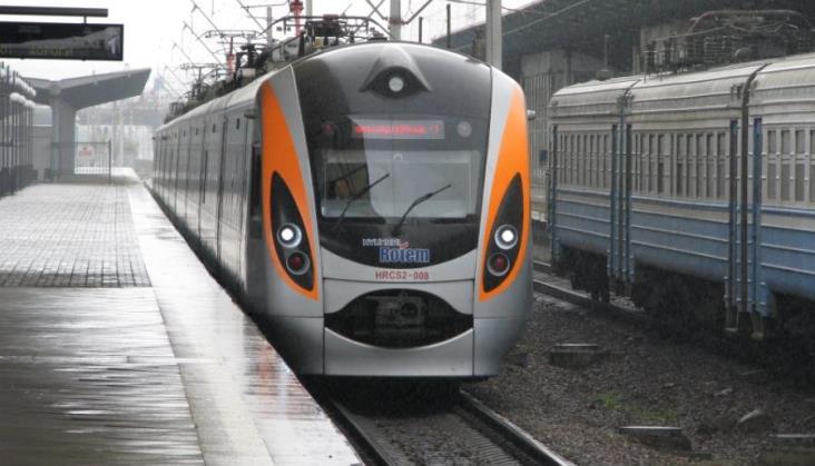 Pojadą specjalne pociągi z Przemyśla do Lwowa i Kijowa