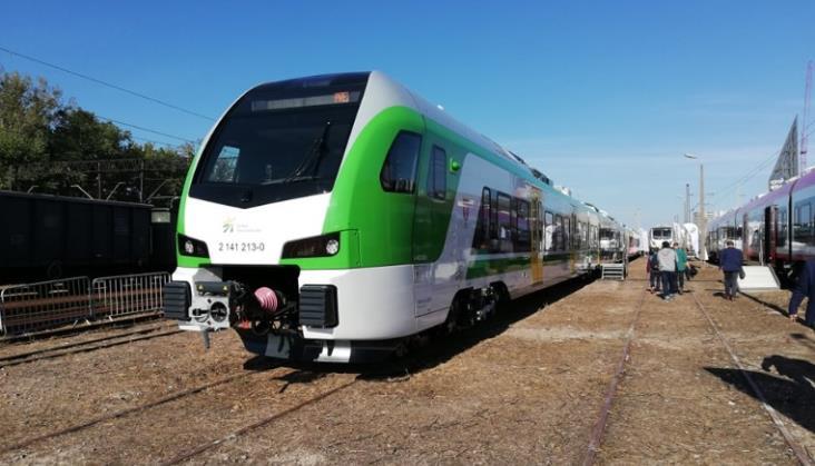 Koleje Mazowieckie: Nowe Flirty mają zabrać pasażerów w czerwcu