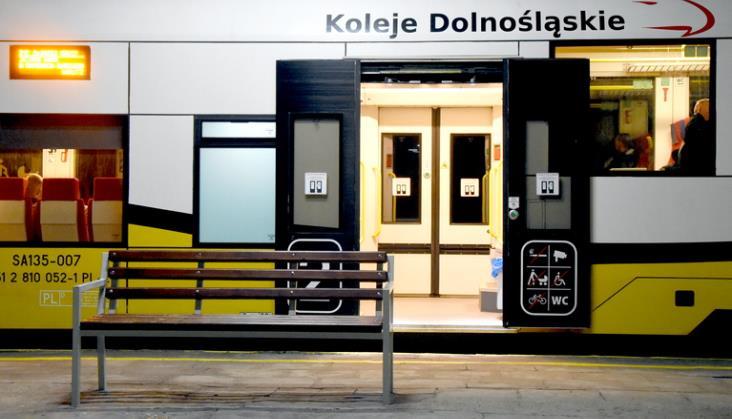 Dolny Śląsk: Odbudowa linii do Karpacza i Kowar za maksymalnie 100 mln zł