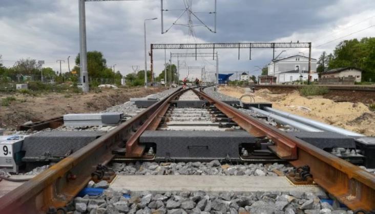 Na trasę Kłodzko – Międzylesie miały wrócić pociągi. Nie wróciły