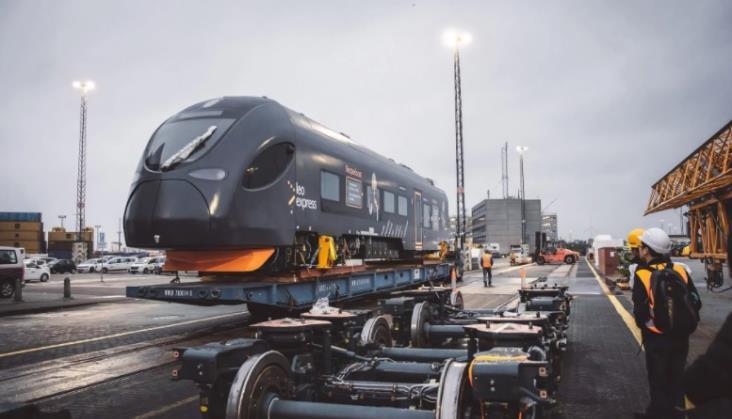 Chińskie zespoły trakcyjne dla Leo Expressu nie wyjadą na tory w 2020 roku