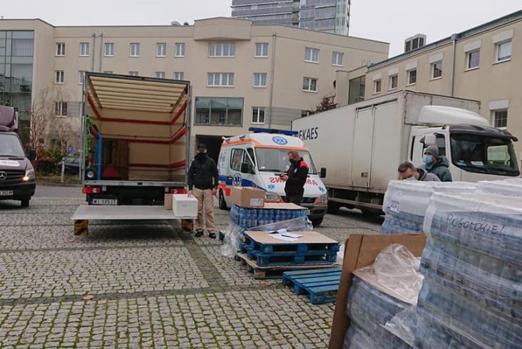 Fundacja Grupy PKP: Wsparcie dla ratowników walczących z koronawirusem