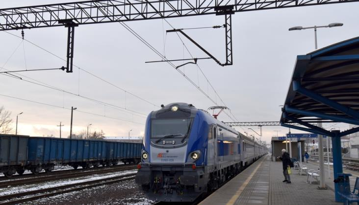 Ministerstwo wyjaśnia sens zmiany postojów technicznych na handlowe w PKP Intercity