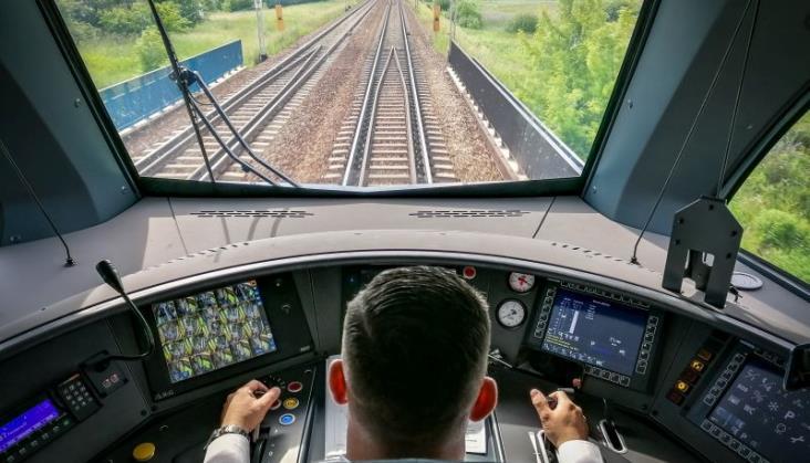 Koleje Mazowieckie: Można zdobyć licencję maszynisty