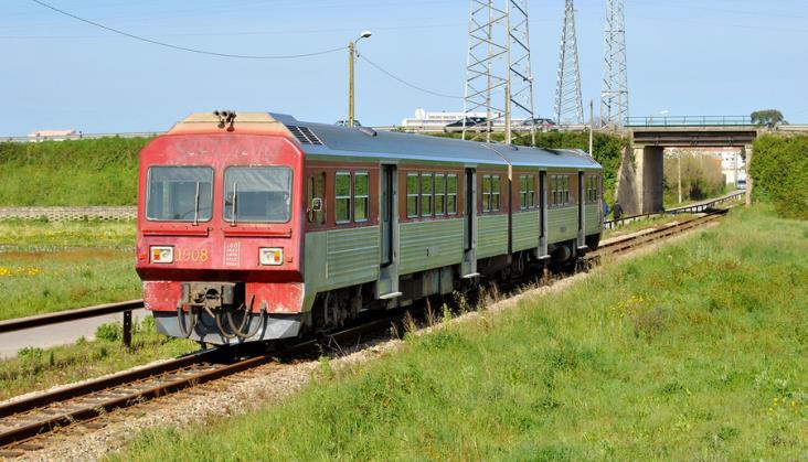 Koleje Portugalskie chcą uruchomić wodorowe, wąskotorowe pociągi