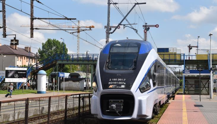 Ceny biletów na pociągi PKP Intercity już widoczne na portalu intercity.pl