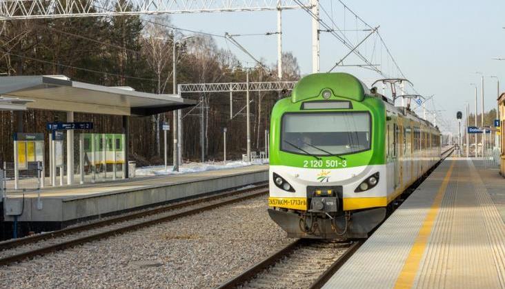 W maju pociągi Kolei Mazowieckich z Warszawy dojadą bliżej Radomia