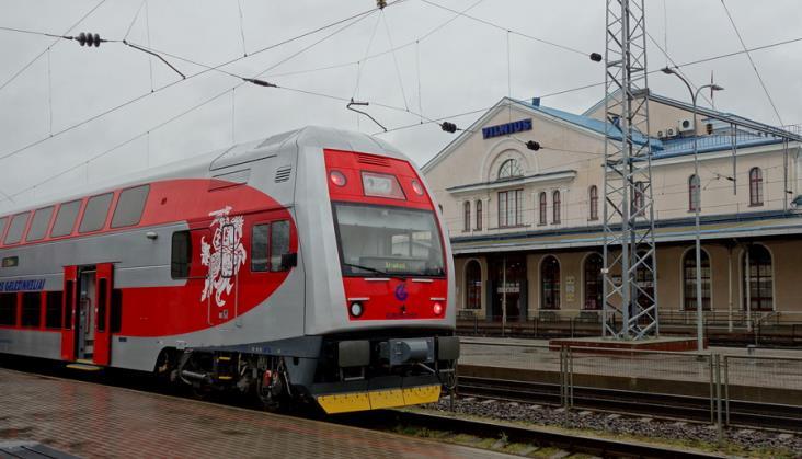 Pociąg Warszawa – Wilno. Jeden bilet, dogodna przesiadka w Kownie